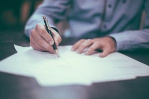 Can a testator make hand written changes to his will